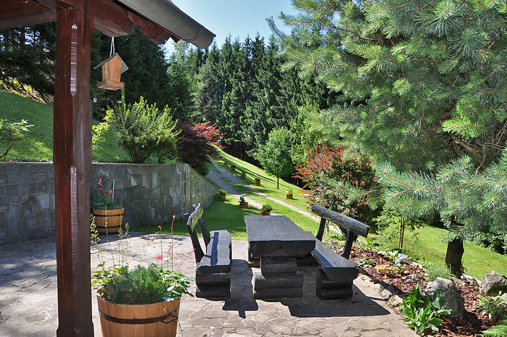 Front patio in the summer